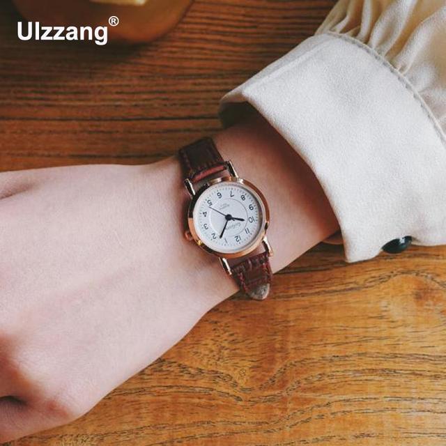 c5983c4945ed Reloj de lujo negro rojo marrón cuarzo para Mujer Simple reloj redondo  pequeño reloj clásico para
