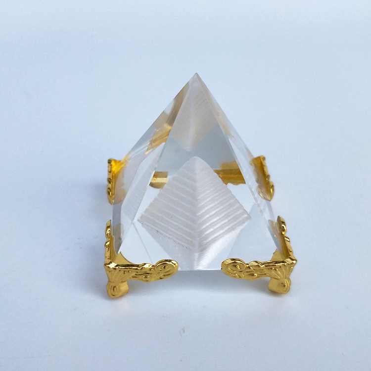 Hot Sale Energy Healing Small Feng Shui Egypt Egyptian Crystal Clear Pyramid Ornament Home Decor Living Room Decoration