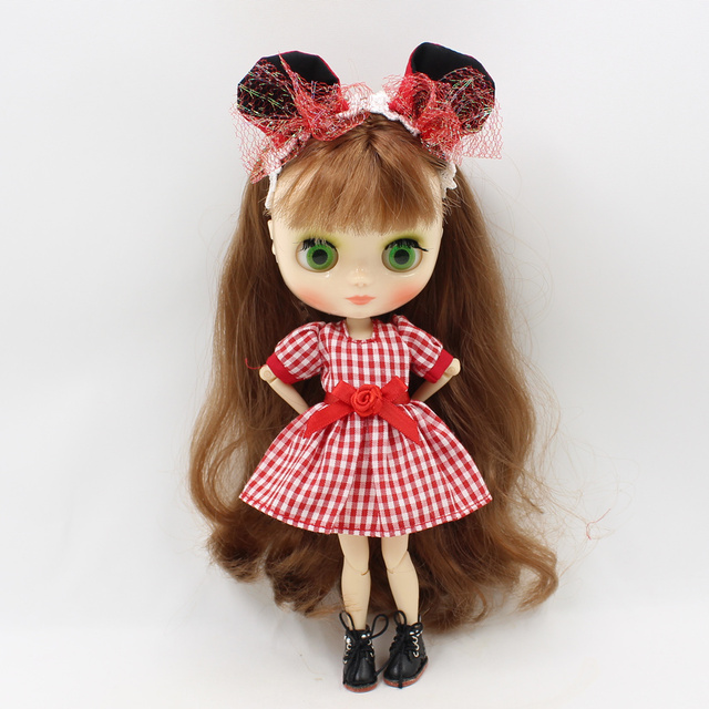 Middle Blyth Doll 20cm Red Plaid Skirt Cute Style Free Shipping