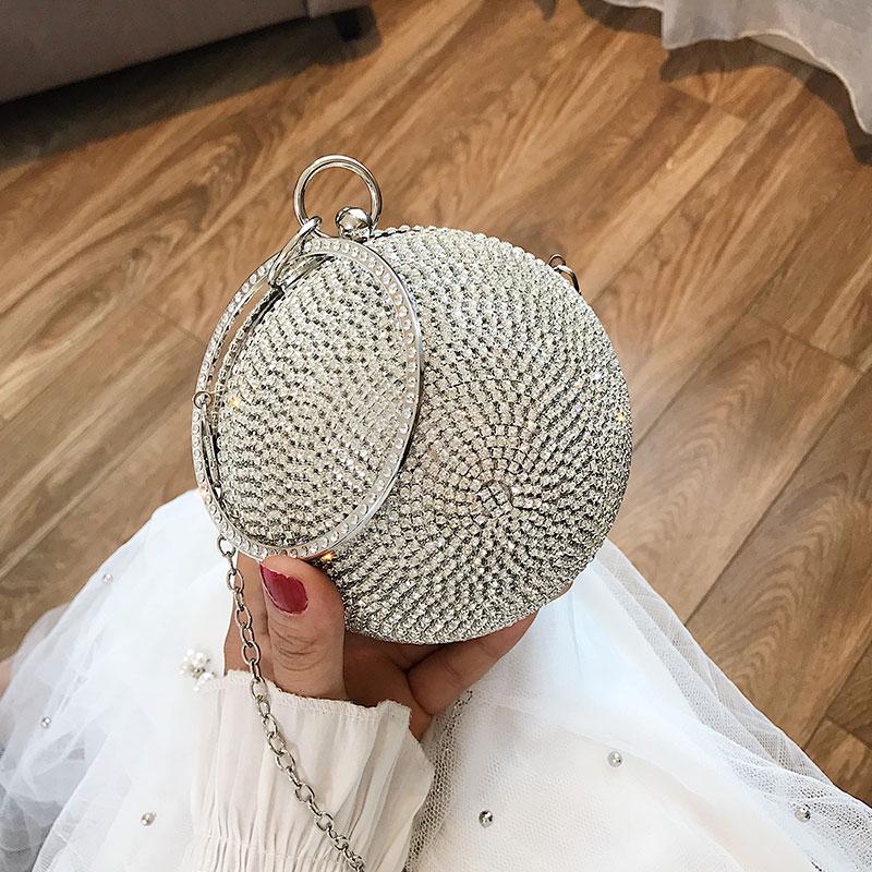 Korean version small bag girl 2019 new summer foreign girl Handbag Shoulder Bag Fashion straddle small round bag