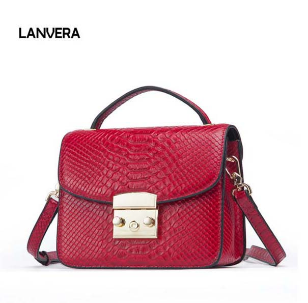 цены 2018 new leather woman bag Fashion lock girl small square casual leather ladies handbag Female Messenger Bag Free Shipping
