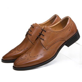 Fashion Black / Brown Oxfords Prom Shoes Mens Business Shoes Genuine Leather Groom Dress Shoes Male Wedding Shoes