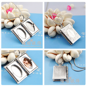 Image 4 - A Couples Necklace Hangs Pictures, Books, Photo Boxes, Necklaces,  Birthday Gifts,  Photo Silver Jewelry