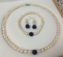2014 nueva moda encantadora envío libre 7-8 MM Blanco Perlas Cultivadas de akoya/Lapis Lazuli collar pulseras pendientes conjunto BV61