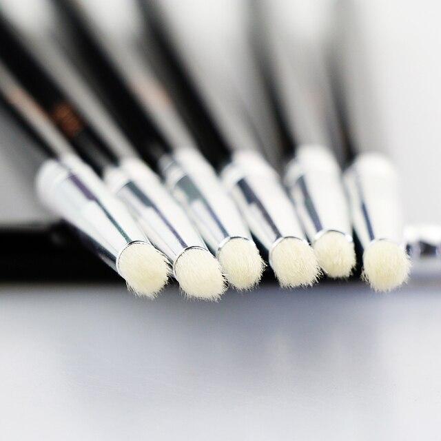 BEILI Smoky Eye Shadow Eye Pencil Small Shade Natural Goat Hair Black handle Single Makeup Brush 1