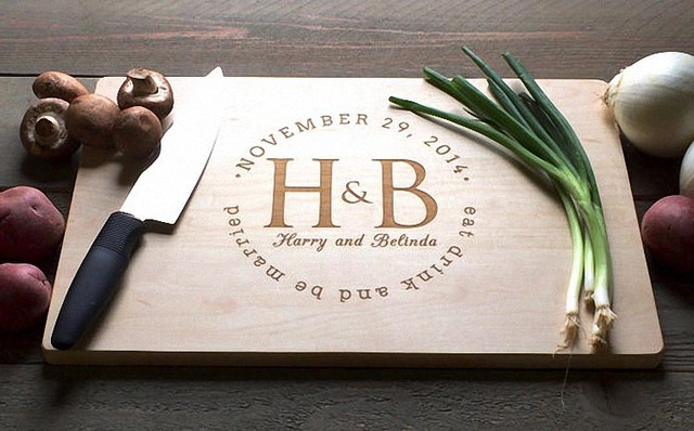 """""""Personalized Surround Name"""" wedding favors and gifts Custom Engraved Cheese chopping Board, Paddle"""