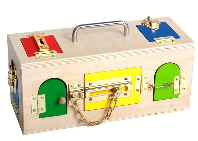 Montessori materials wooden lock and unlocking box teaching aids Children Learning educational toy DOLLMAI60442