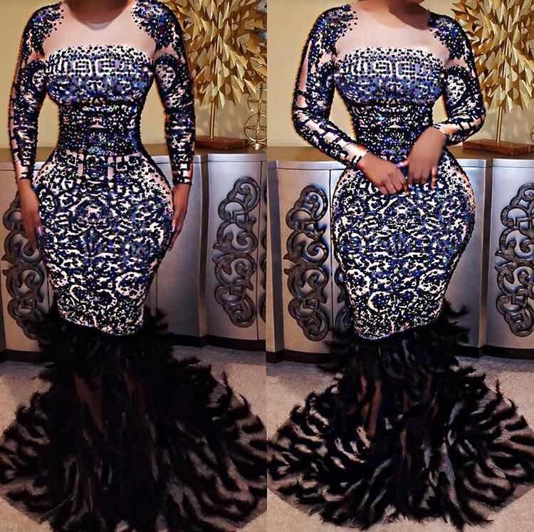 Haute qualité haute élastique à manches longues perles plume trompette robe soirée robe Costumes
