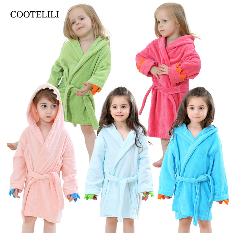 cf8b450453 COOTELILI Boys Girls Dinosaur Bathrobe Hooded Bath Robes Towel Infant Baby  Long Sleeve Hoodies Belt Bathing Robes Sleepwear-in Robes from Mother   Kids  on ...