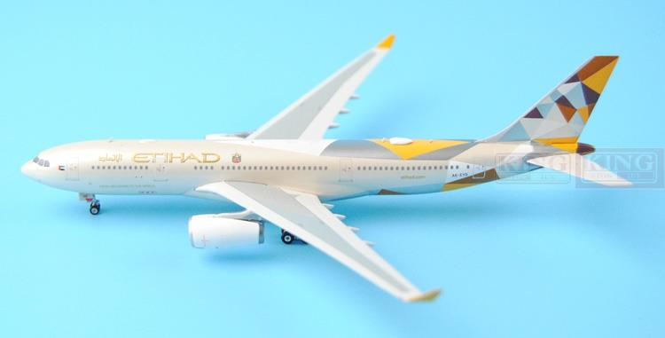 Phoenix A330-200 A6-EYD 1:400 11137 Etihad Airways commercial jetliners plane model hobby