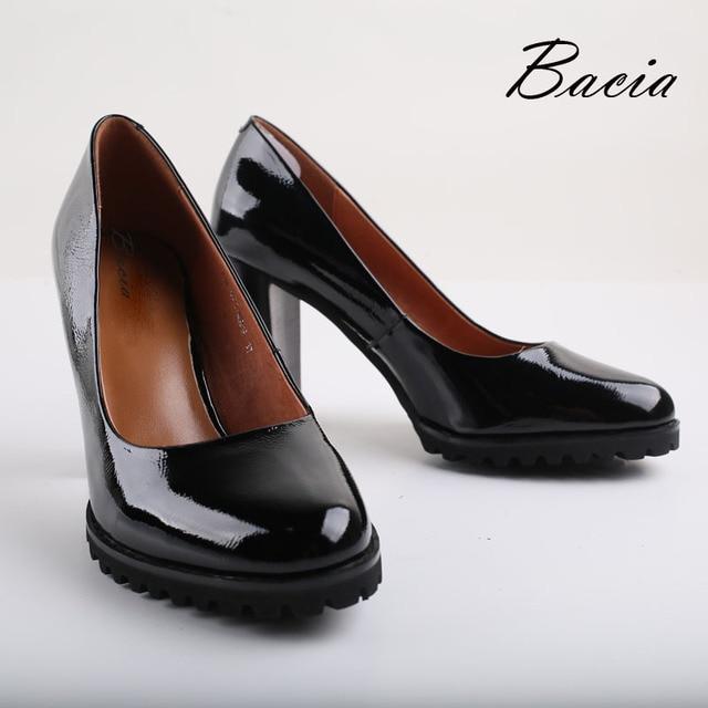 Bacia Genuine Leather shoes Women Round Head Pumps Sapato feminino High Heels Patent Leather Fashion Black Payty Shoe 2016 VA010