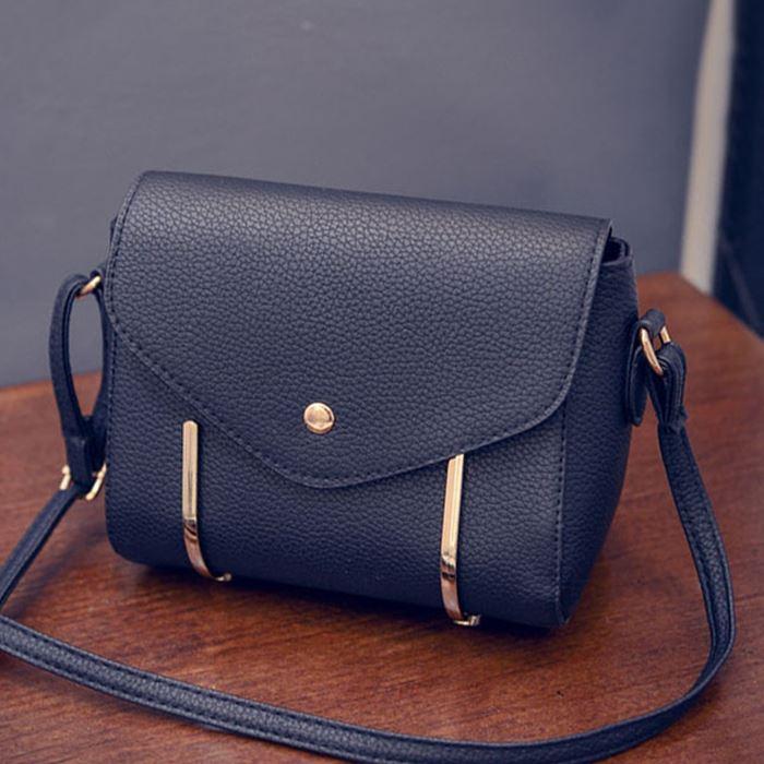 2016 new handbag shoulder diagonal fashion wild rivet small Miss Fang Bao shoulder bag Messenger bag fashion tide zs398