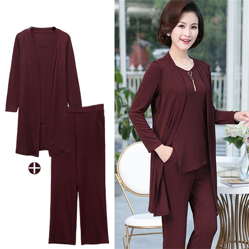 Middle-aged women's spring and autumn fashion three-piece casual fashion new temperament mother spring and autumn comfort suit fashion new spring