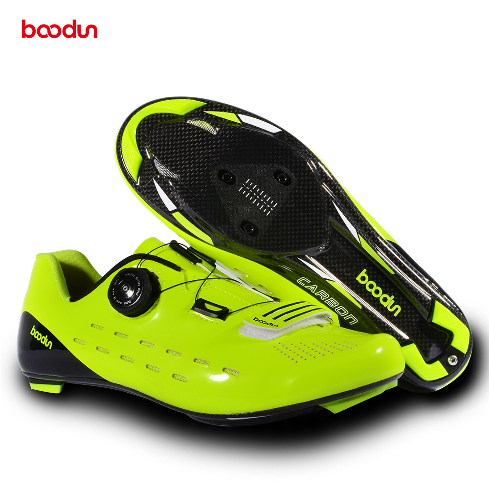 BOODUN Ultralight Carbon Fiber Cycling Shoes Breathable Road Bike Self Locking Bicycle Shoes Athletic Triathlon Racing