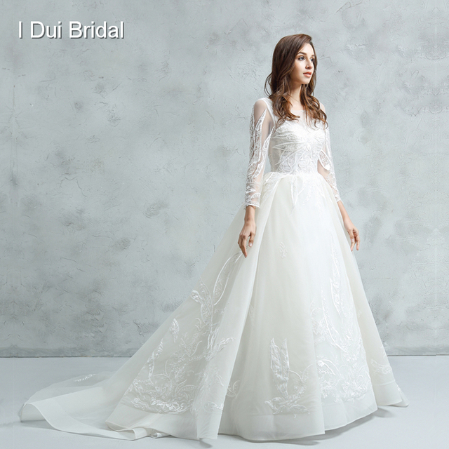 2018 New Long Sleeve Wedding Dress Illusion Neckline Ball Gown