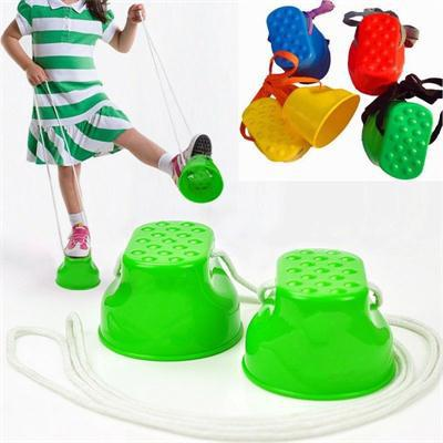Plastic Outdoor Balance Training Equipment Smile Jumping Stilts For Kids Walker Toy