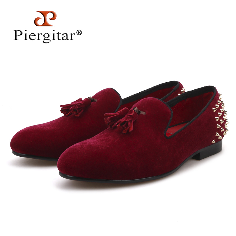 Piergitar new style 2018 Handcraft Men velvet shoes with tassel and spikes designs Prom and Banquet Men loafers men's flats new arrival men s navy velvet shoes fashion spikes slip on men loafers high quality mens party and prom shoes big sizes 47