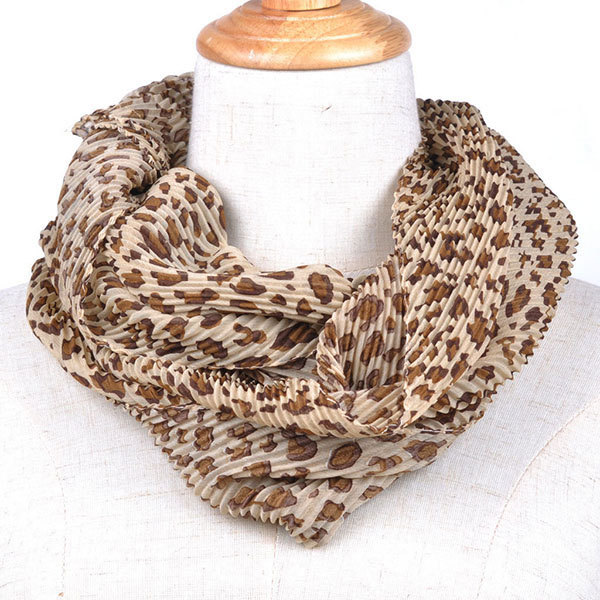 Knitted Cable Ring Scarf...