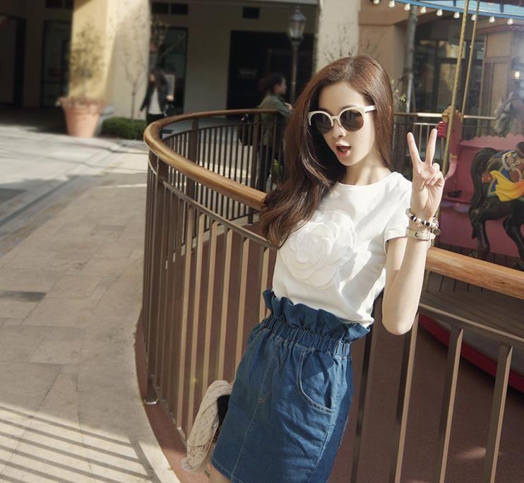 HTB1n0eZLVXXXXbHXpXXq6xXFXXXa - Wonderfulland women summer 3d camellia embroidery luxury T-shirt