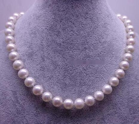 HUGE 18AAA+ 9-10MM PERFECT ROUND SOUTH SEA WHITE PEARL NECKLACE 14 GOLD CLASPHUGE 18AAA+ 9-10MM PERFECT ROUND SOUTH SEA WHITE PEARL NECKLACE 14 GOLD CLASP