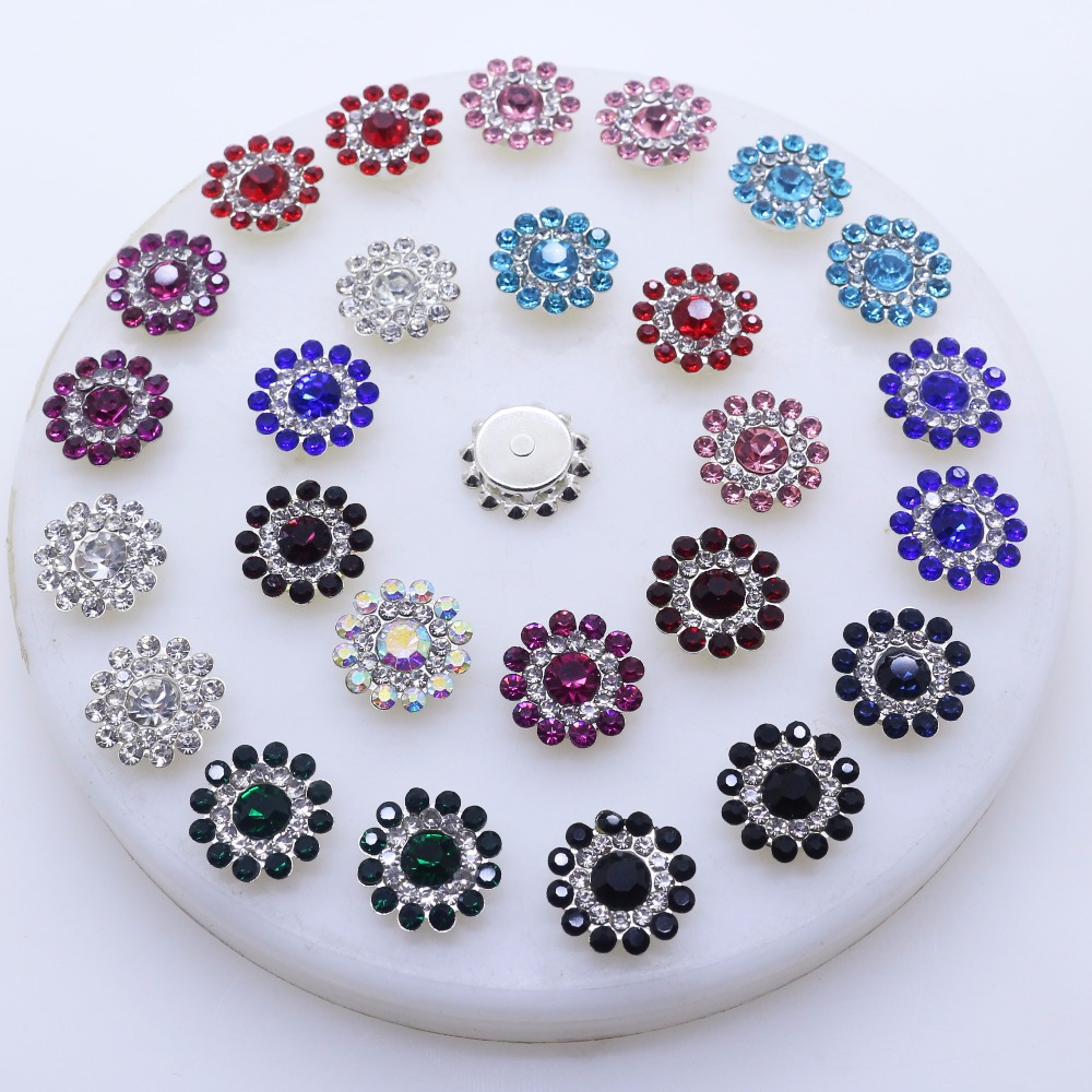 10pcs Flower Crystal Hollow Shank Buttons Embellissement pour couture or