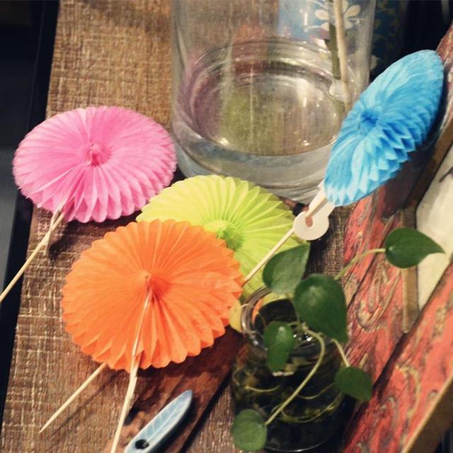 Wedding Table Decorations Vase Tissue Paper Pom Poms Paper Fan