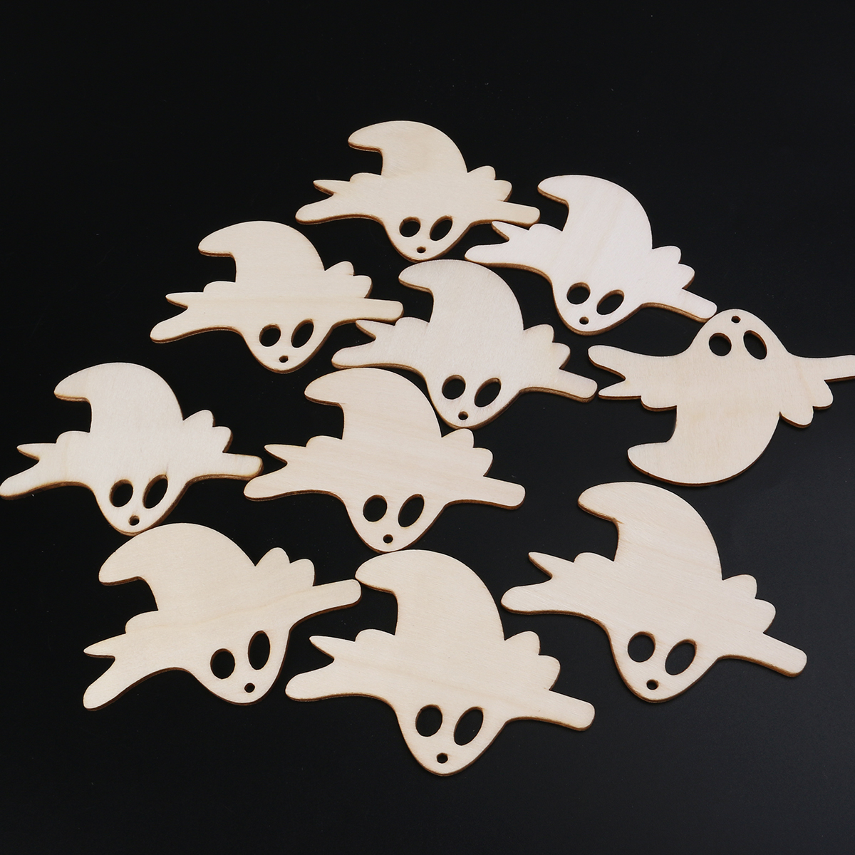 10pcs Wooden Embellishments Halloween Decoration Flying Ghost Pattern  Pendant For Hangers Tags Cardmaking Sign Making(