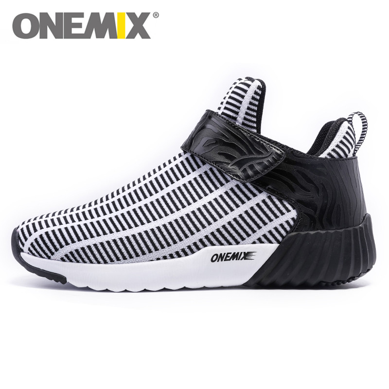 ФОТО New Style High Men's Boots Black White Running shoes Light Comfortable Walking Shoes Athletic Sport Sneakers