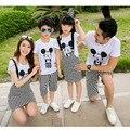 Verano de la familia de aspecto clothing madre e hija falda establece familia juego trajes niños establece camiseta de manga corta y pantalones