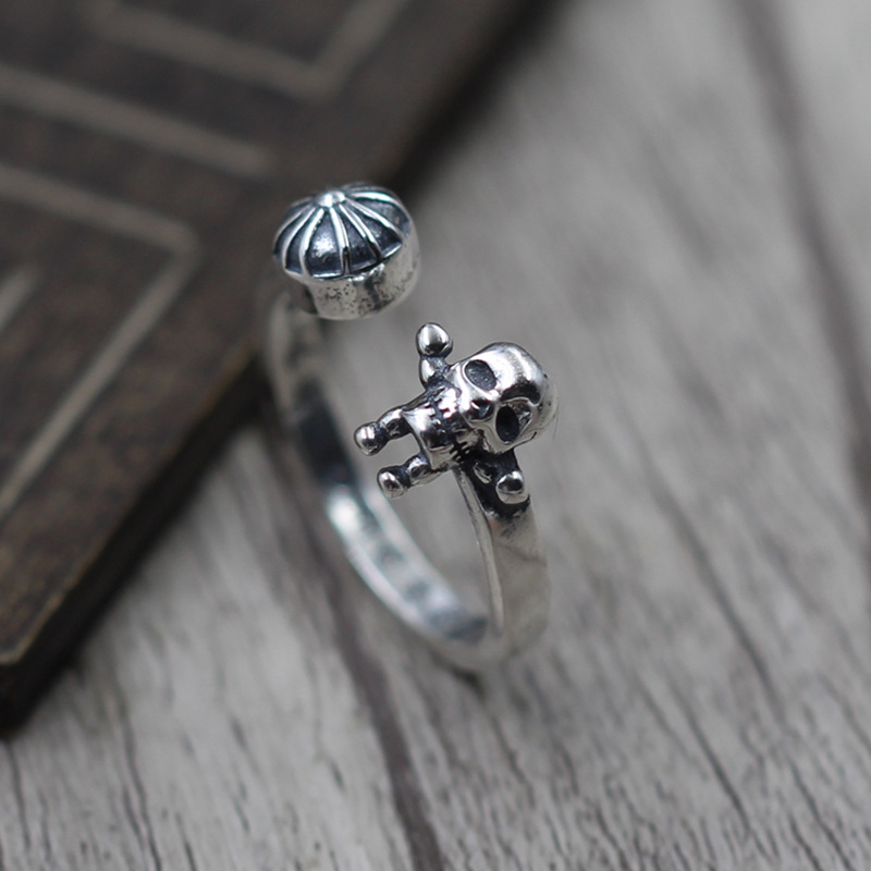 Sterling Silver 925 Jewelry A Small Edge Skull Cross Head Ring Male And Female Models Ring Finger Ring Thai Silver