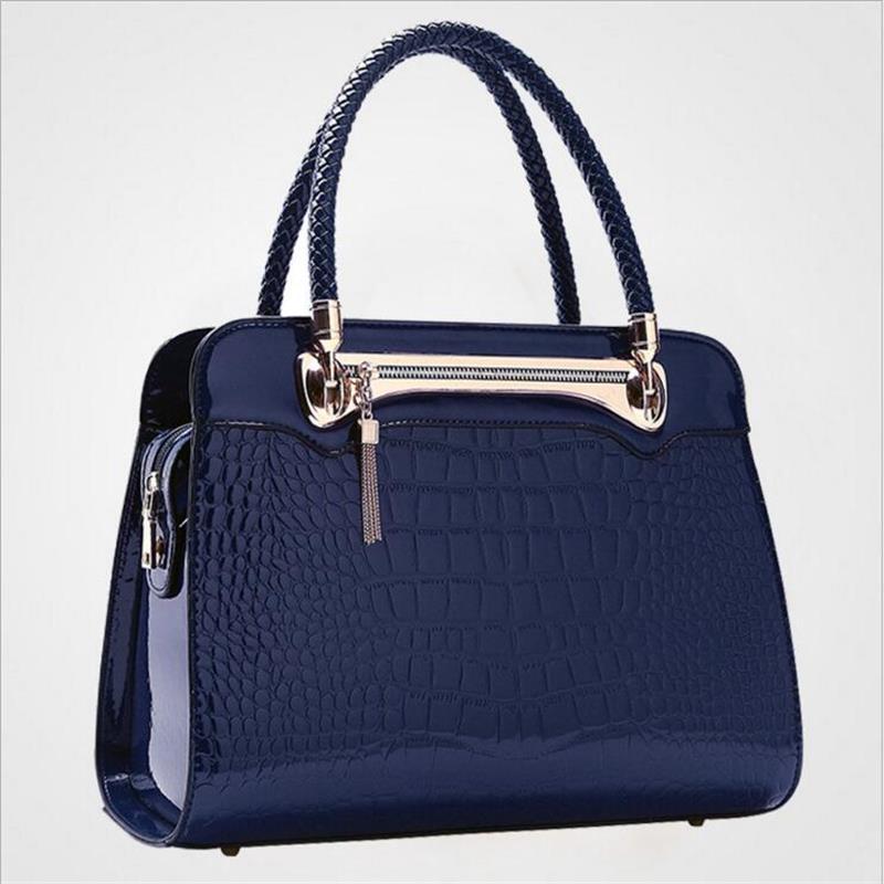 2017 fashion women messenger bags high-end quality women bag handbag Alligator C