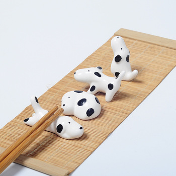 100pcs Lovely Dog Chopstick Holder Ceramic Chopsticks Rest Creative Household Tableware Stand 4 Styles Free Shipping W9654
