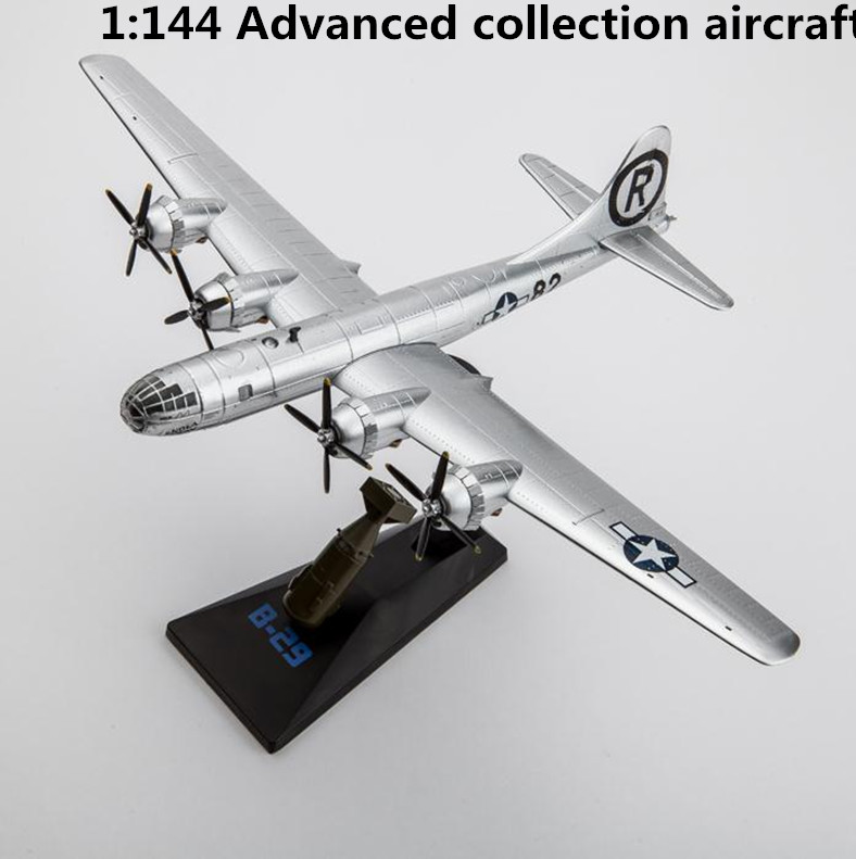 все цены на 1:144 advanced alloy bomber,high simulation B29 fighter,diecast metal toy,high quality collection model toy,free shipping онлайн