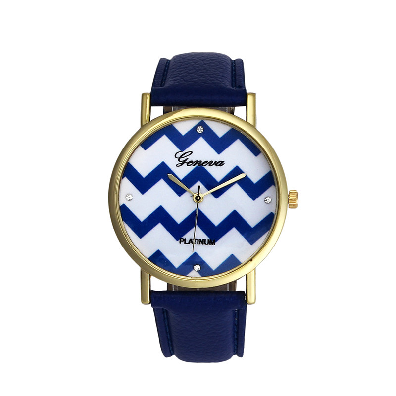 Hot Vrouwen Horloges Nieuwe Mode vrouwen Genève Chevron Golven Stijl Quartz  Lederen Horloge Horloges Dames Horloges Uur Klok Femme fbee11f4e380