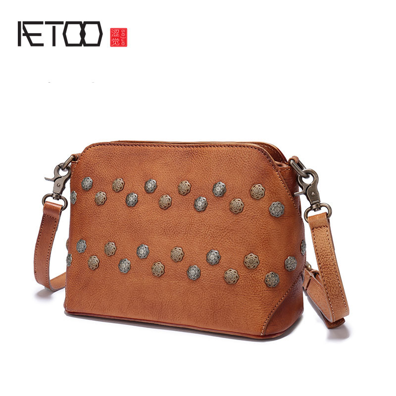 AETOO Fashion version of the small package new retro leather handbags leisure wild cowhide Messenger bag femaleAETOO Fashion version of the small package new retro leather handbags leisure wild cowhide Messenger bag female