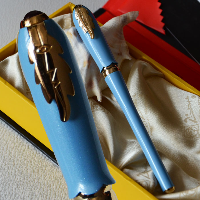 цена на PICASSO 986 EXECUTIVE LIGHT BLUE AND GOLDEN ROLLER BALL PEN LEAF with original box