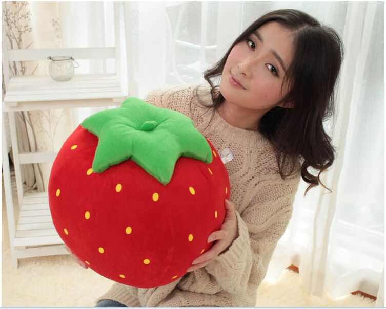 ФОТО new creative plush strawberry toy cute simulaiton strawberry pillow gift about 40cm