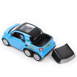 Image 3 - HOMMAT Simulation 1:24 Smart Fortwo 4x4 Pickup Vehicle Model Alloy Diecast Toy Car Model Toys For Children Kids Christmas Gift