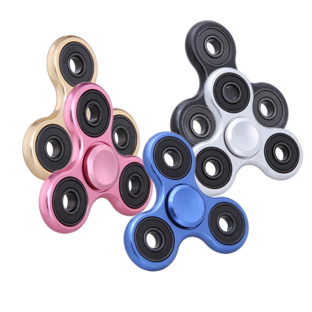 Hot Selling EDC Toys Triangular Spinner Hand Metal Professional Spinner Fidget Autism And ADHD Spinner Hand