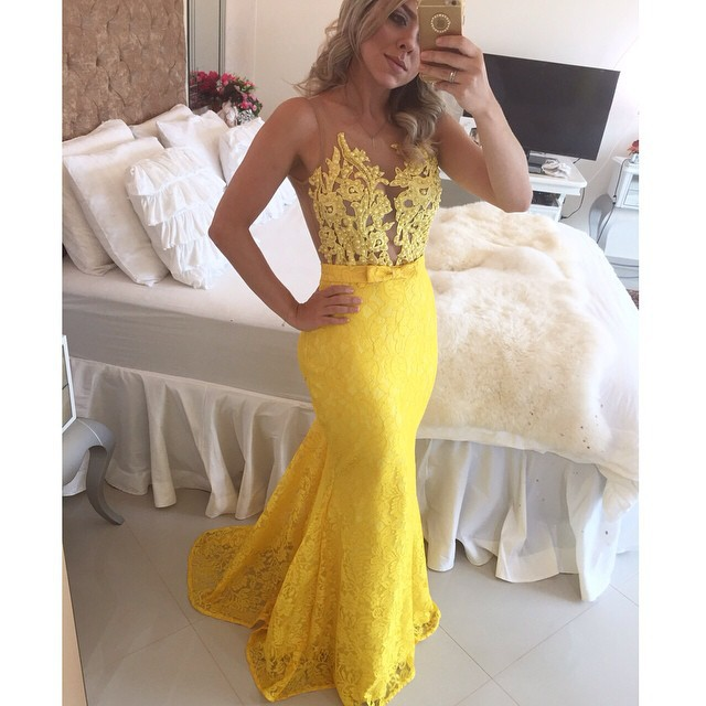 2017 New Listing Scoop Neck Appliqued Yellow Sheath Mermaid Lace Dress Party Evening Elegant Formal Gowns