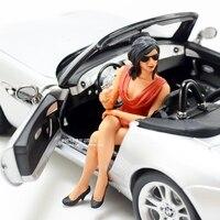 1:18 кукла модель женщина сидя положение с автомобилем модель сцены сексуальная красота модель