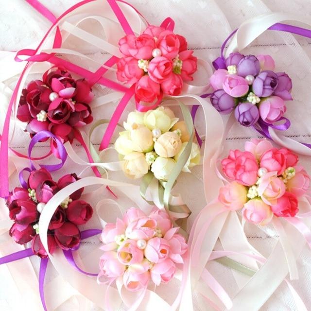 40ad485c94722 US $0.57 30% OFF|5 Farben Rose Handgelenk Corsage Brautjungfer Schwestern  hand blumen Künstliche Braut Blumen Für Hochzeit Dekoration Braut Prom in  ...