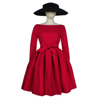 FREE SHIPPING Vintage Slash Neck Dress Bow Collar Long Sleeved Little Red Black Two Color TuTu