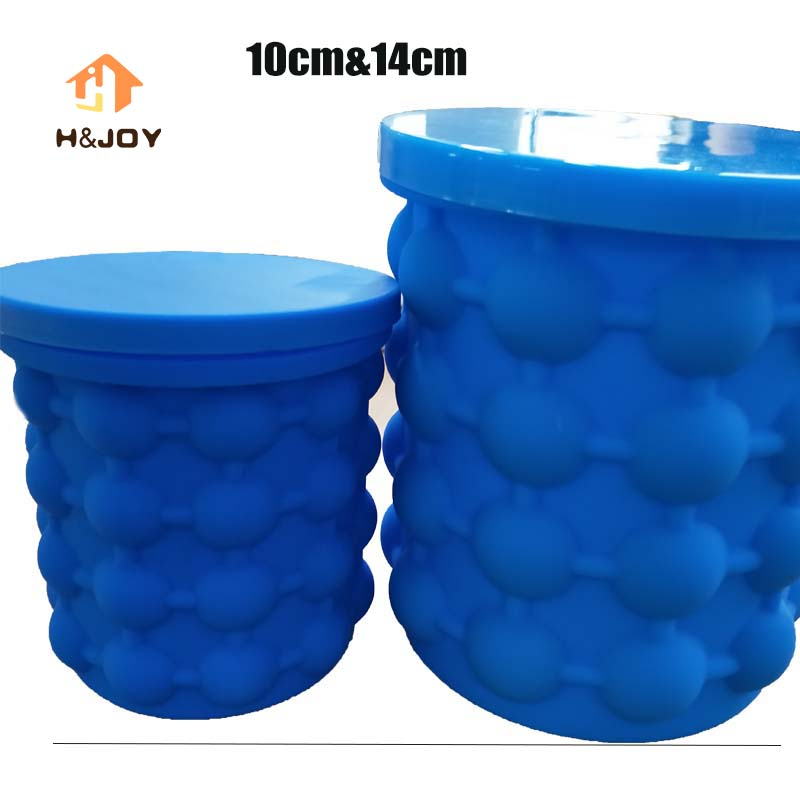 Ice Cubes Maker Genie WIth Silicone tong Set The Revolutionary Space Saving Ice Cube Maker Ice Genie Kitchen Tools