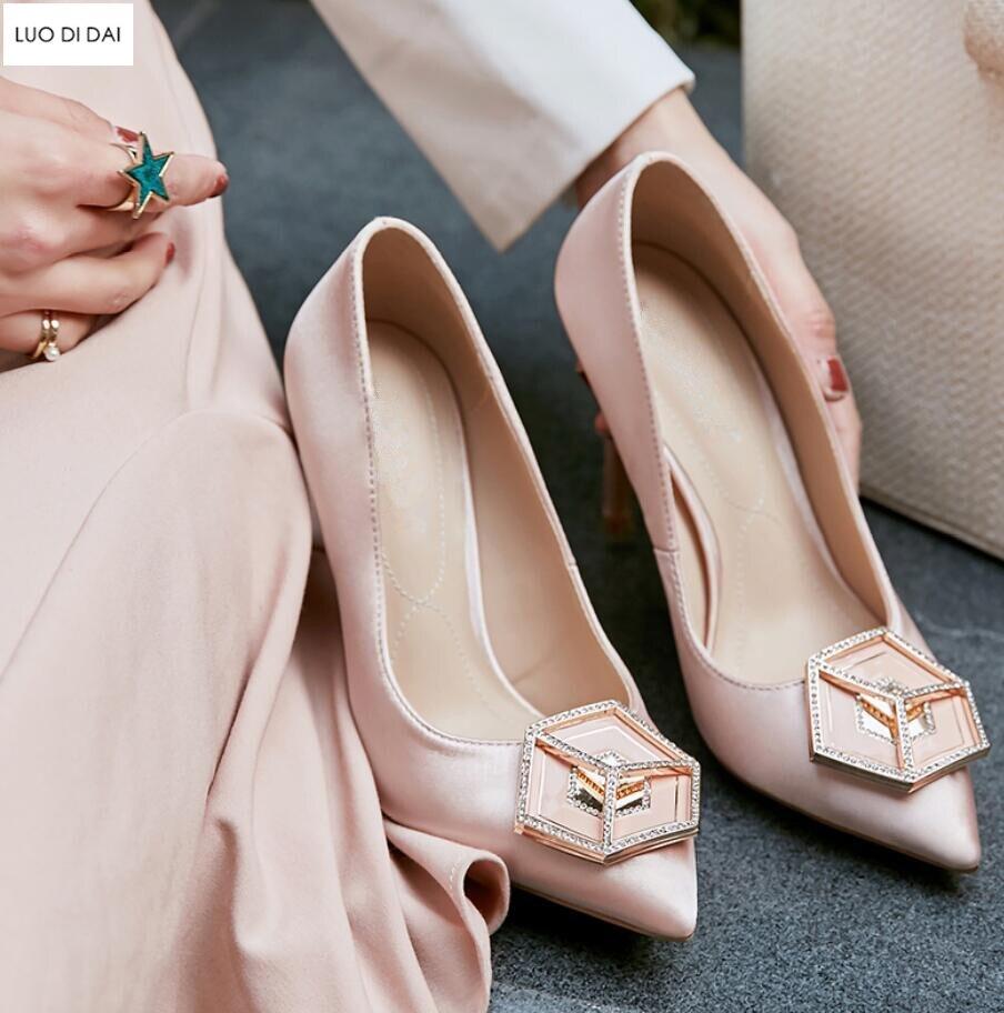 Mariage De Femmes Talon Noir Chaussures rose 2019 Hauts Boucle rouge Pompes Talons Nouvelles Soirée Mince Habillées Strass Boucles Diamant f4wqvZn