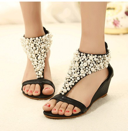 China Wholesale Women Beaded Flat Sandals For Ladies