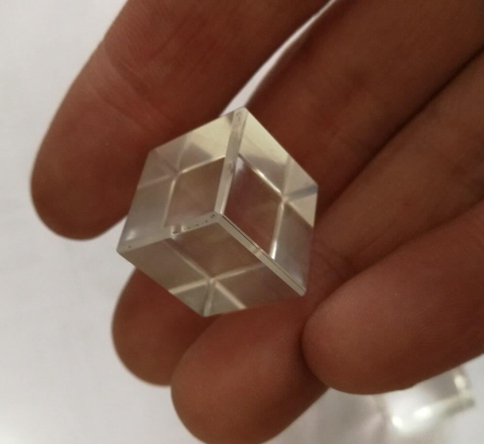 Натуральный белый кристалл плотная в безопасной карты кулон для любителей кристалл ожерелье для Lucky перевалка