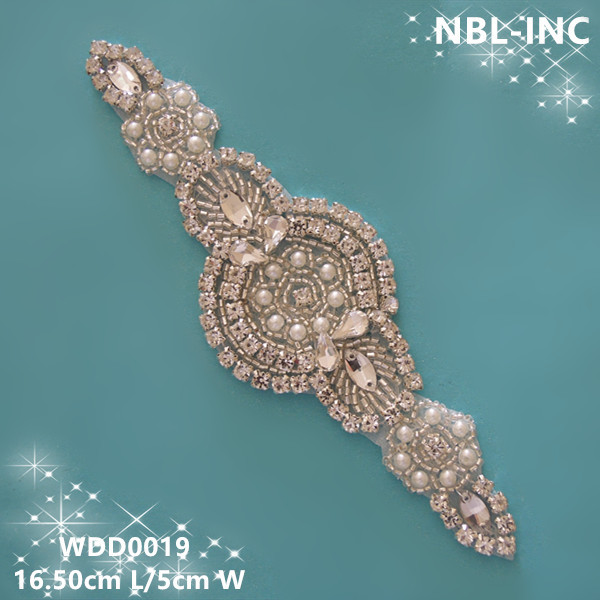 (30pcs)Wholesale iron on bridal beaded sewing crystal silver rhinestone applique patch for ...