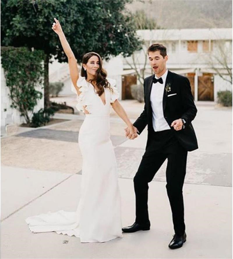 2019 Western Country Mermaid Wedding Dresses Deep V-Neck Bohemian Summer Beach Bridal Gowns Simple Vestido De Festa Longo