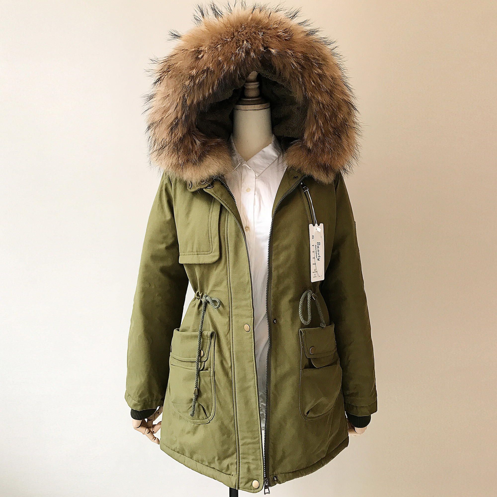 Winter Fashion Women Cotton Jackets Lovers Work Clothes Medium-long Thick Lambswool Real Raccoon Fur Collar Cotton-padded Coat 2017 winter new clothes to overcome the coat of women in the long reed rabbit hair fur fur coat fox raccoon fur collar